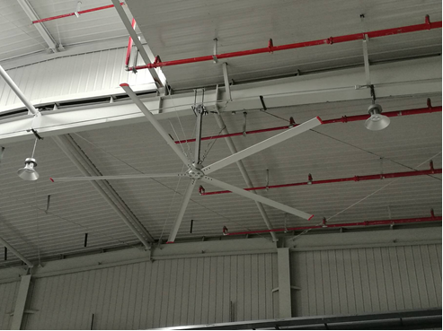 HVLS ceiling fan for inside